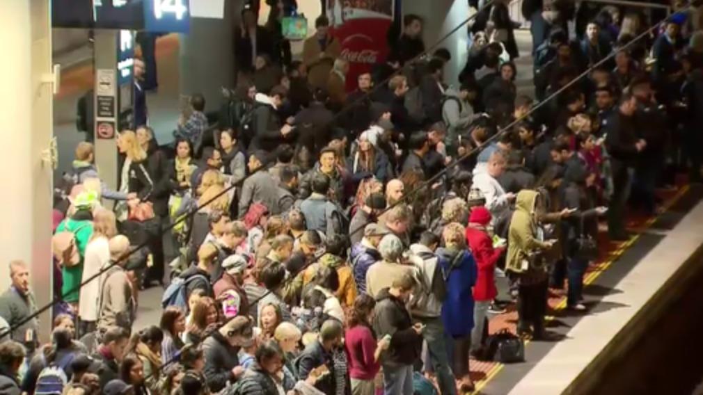 Chaos at Southern Cross station. (9NEWS)