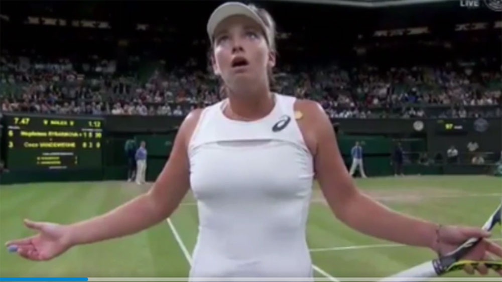 American Coco Vandeweghe loses it at umpire during Wimbledon loss
