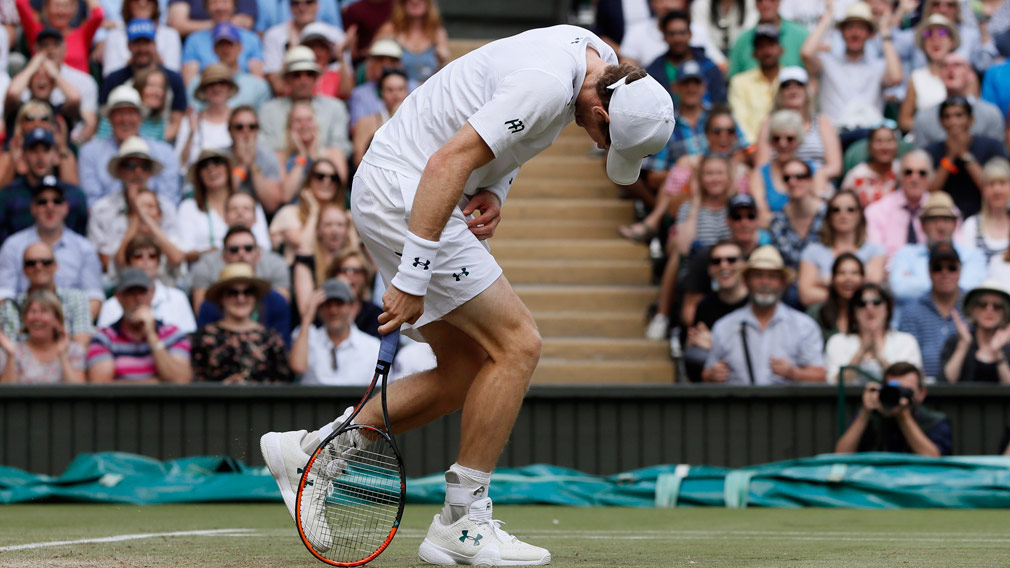 Sam Querrey stuns wilting Andy Murray at Wimbledon