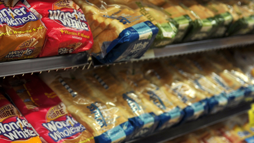 Bread prices sliced in Coles and Woolworths battle