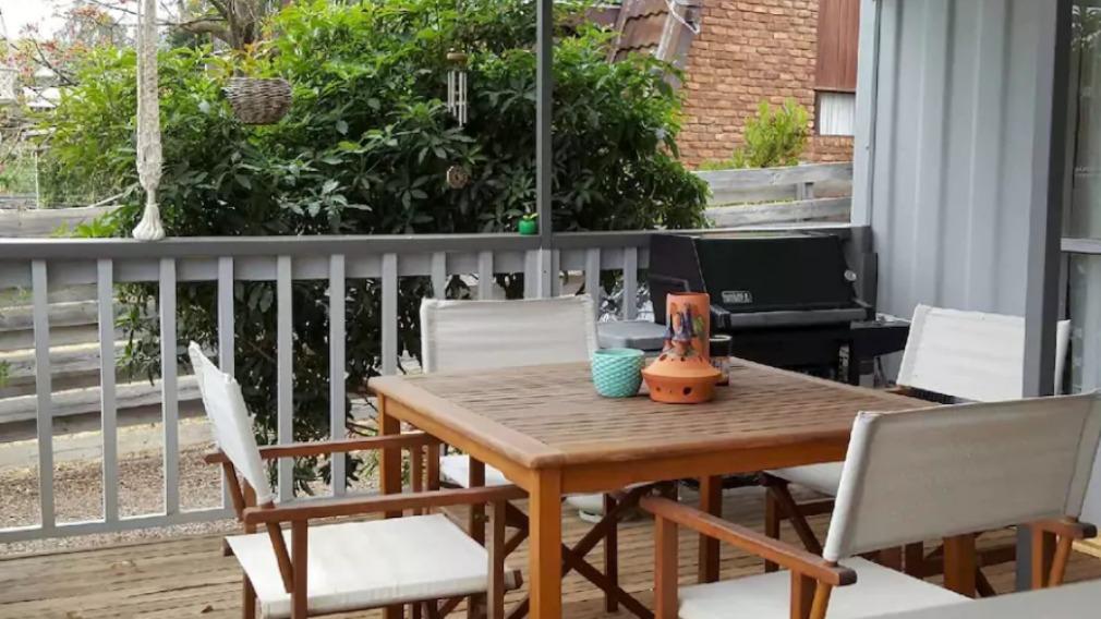 Plenty of serenity to be enjoyed on the balcony  (Airbnb)