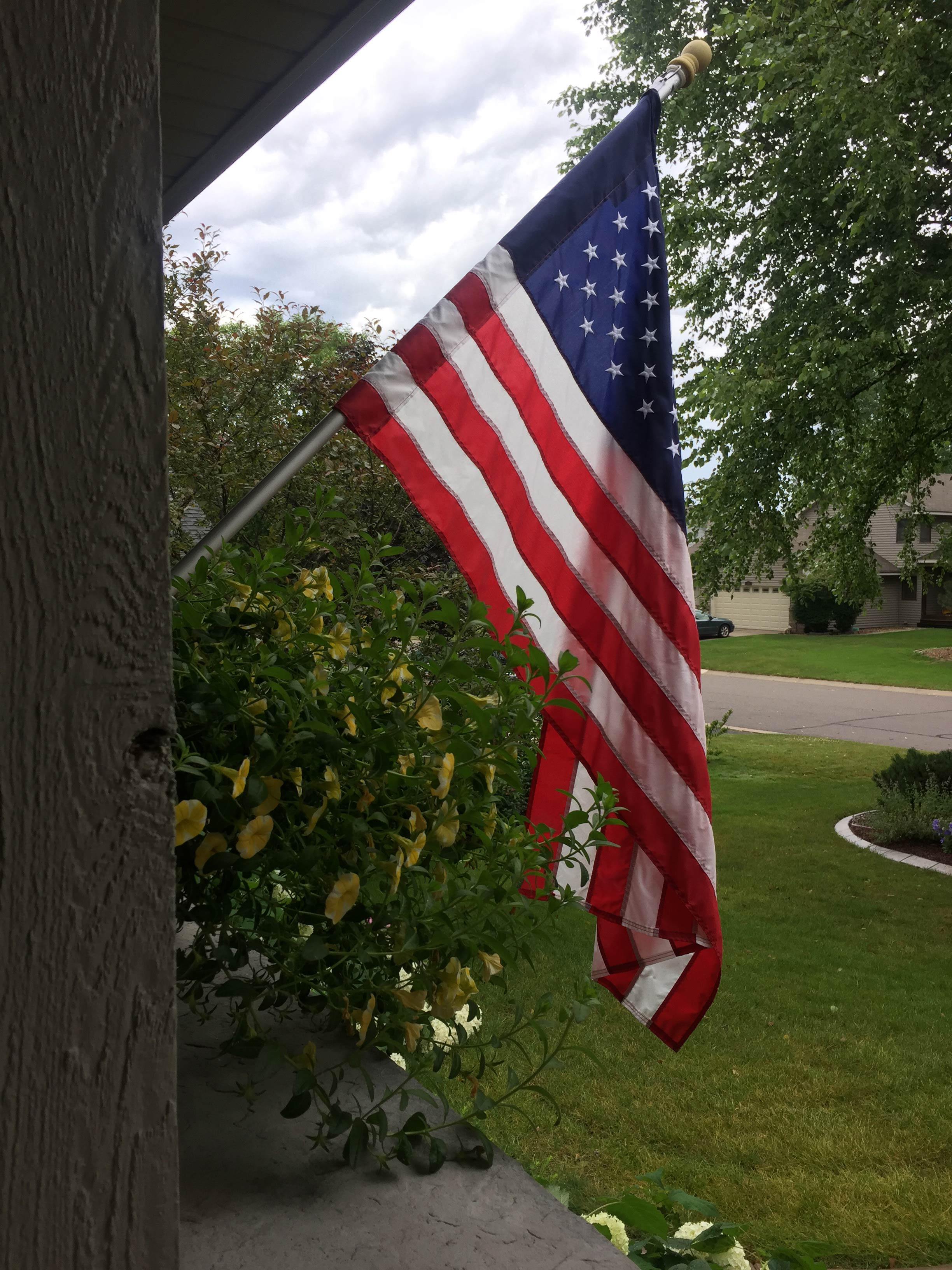 Most homes have US flags flying outside them. (9NEWS)