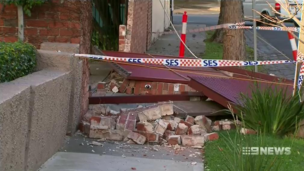 Wild winds leave trail of destruction in Melbourne