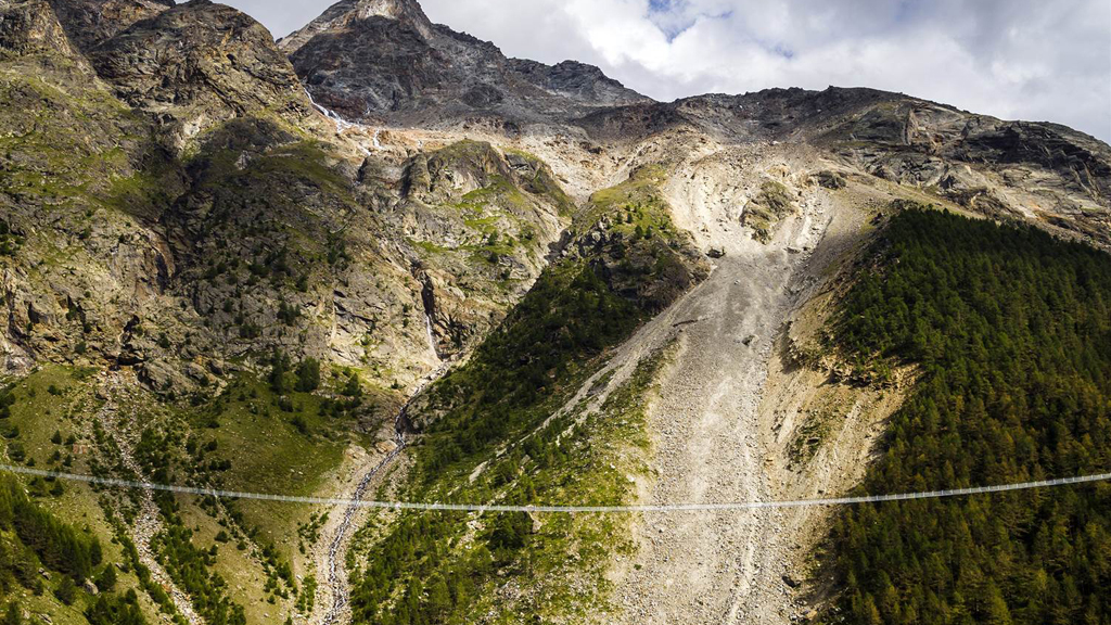 Switzerland unveils world's longest suspension bridge