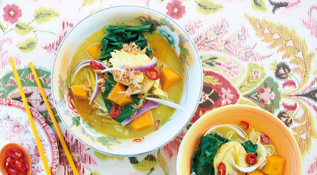 "Recipe: <a href=""http://kitchen.nine.com.au/2016/06/06/13/23/bill-grangers-chicken-curry-soup"" target=""_top"">Bill Granger's chicken curry soup</a>"