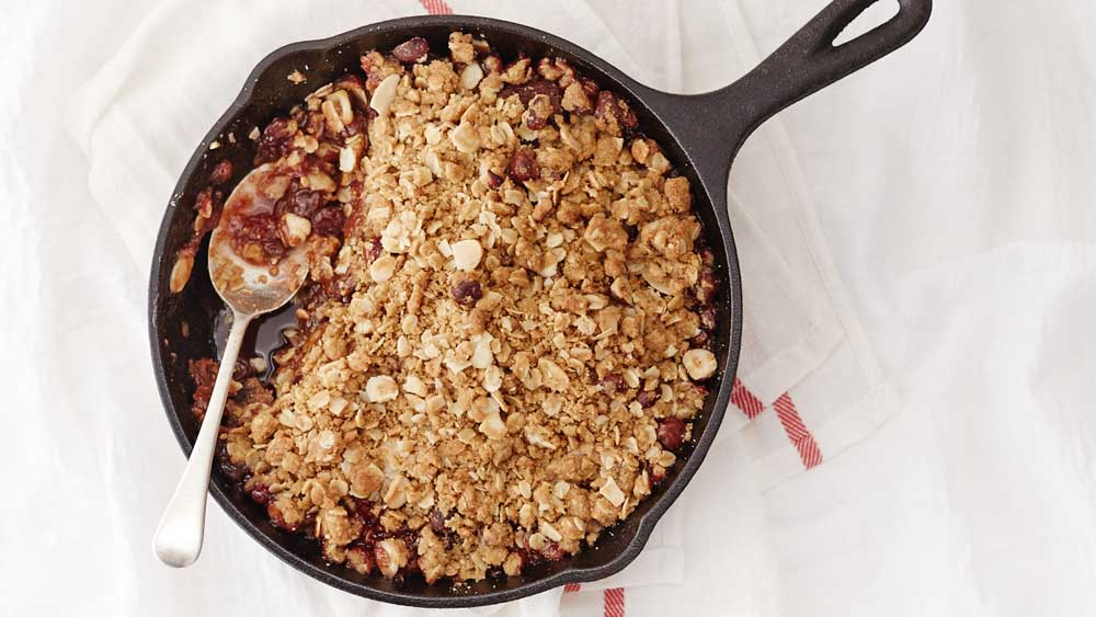 Barker's blackcurrant breakfast crumble