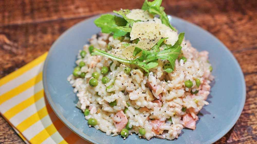 Chicken mince and pea risotto