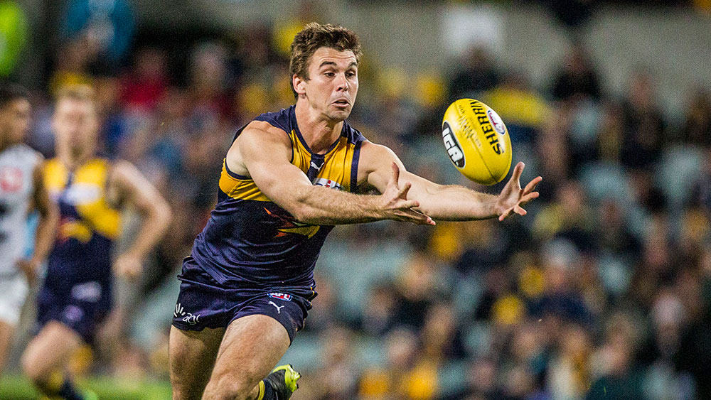 Jamie Cripps helped West Coast to a 17 point win over Carlton. (AAP)