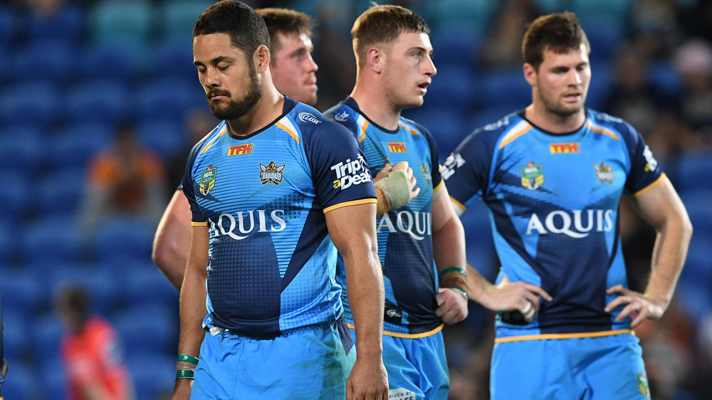 Gold Coast star Jarryd Hayne says he's willing to walk away from Titans if coach Neil Henry doesn't want him