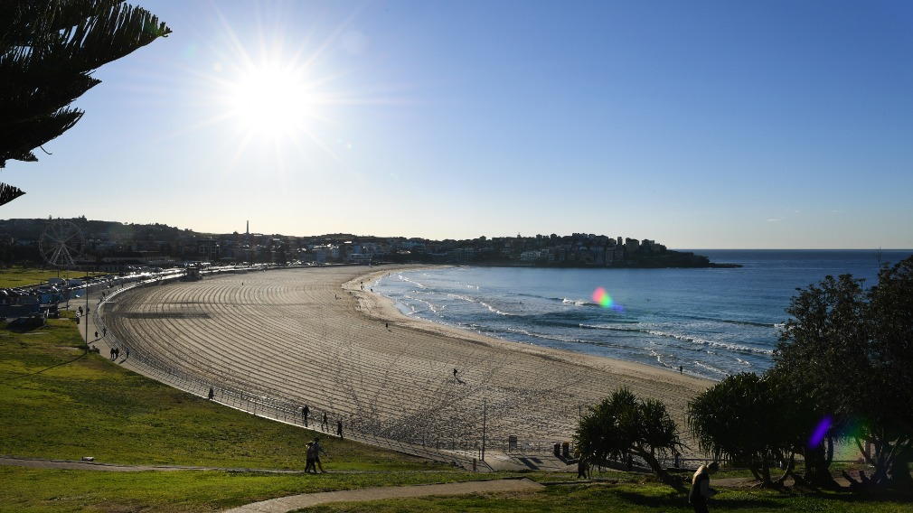 Sydneysiders might want to head to Bondi for a mid-week, mid-winter dip. (AAP)