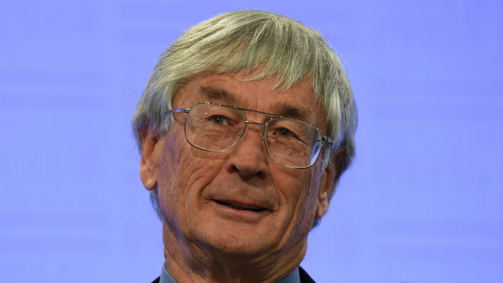 Dick Smith launches $1m campaign calling for reduced immigration