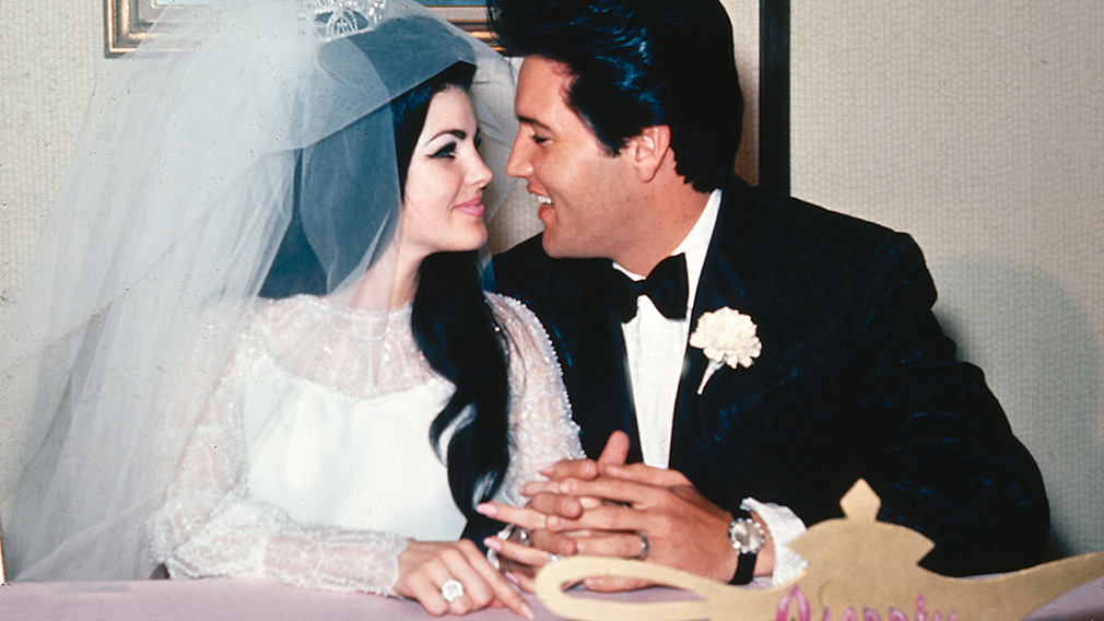 Elvis and Priscilla Presley on their wedding day in 1967. (AAP)