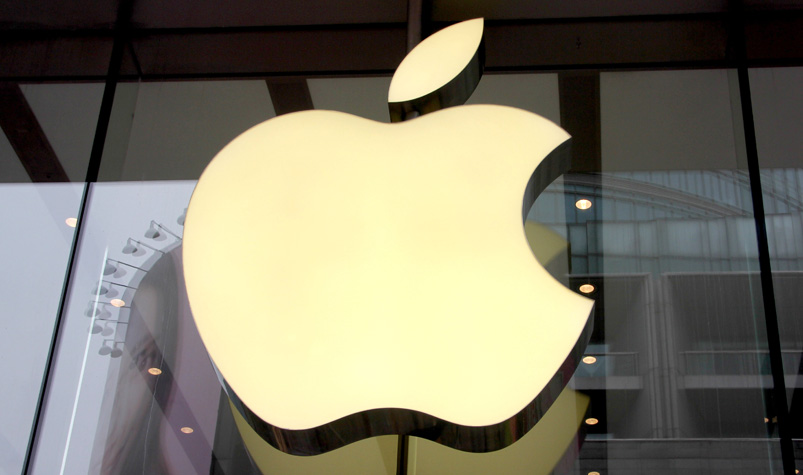 Apple's deep pockets could take on Hollywood, Netflix