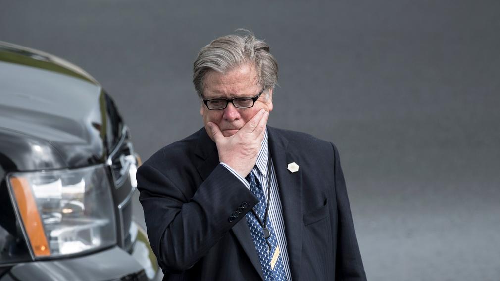 Steve Bannon exits White House