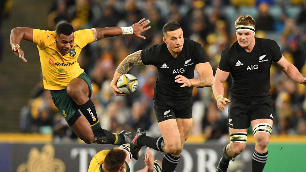 All Blacks centre Sonny Bill Williams takes on the Wallabies. (AAP)