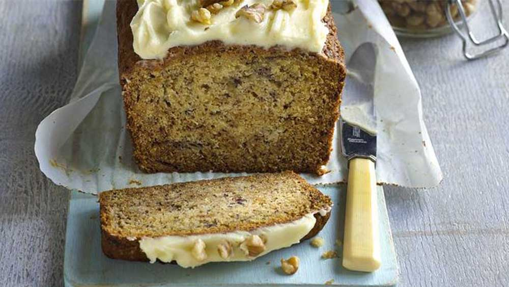 """Recipe:<a href=""""http://kitchen.nine.com.au/2017/08/08/14/13/one-bowl-banana-cake-with-cream-cheese-icing"""" target=""""_top"""">One bowl banana cake with cream cheese icing</a>"""