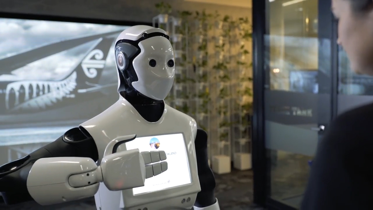 Robot to work at Sydney Airport as part of Air New Zealand experiment