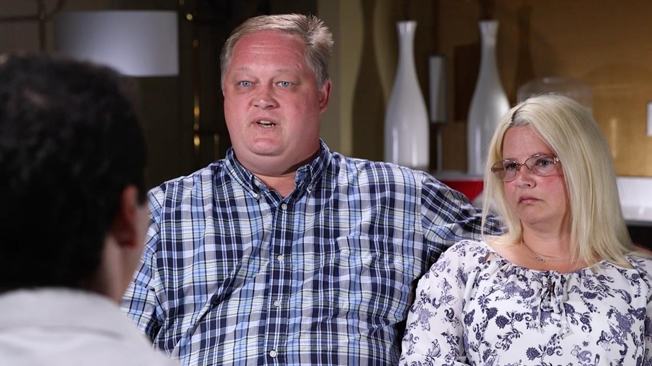 Jon and Beth Brooks. (60 Minutes)
