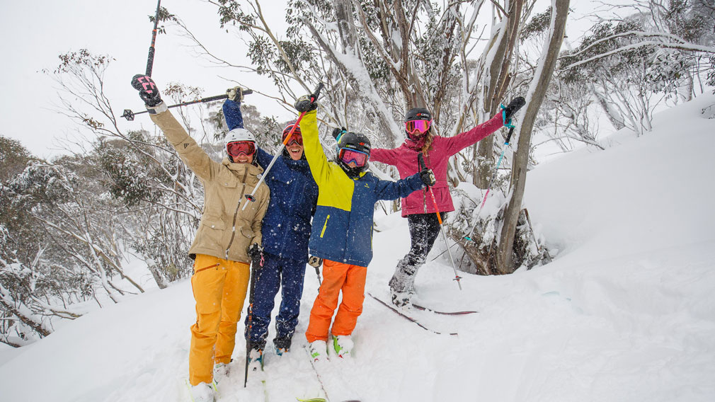 Blizzard conditions continue in the mountains, with around 80cm's of fresh snow blanketing Thredbo.(Thredbo)
