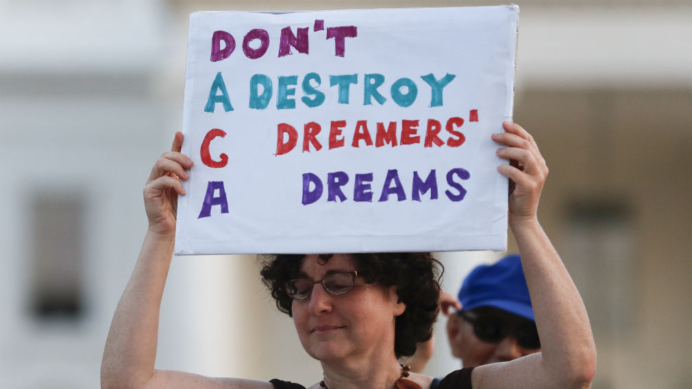 A program protecting youths from deportation has been scrapped. (AAP)