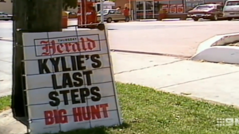 A massive hunt for Kylie's killer started after she was found dead in the ditch. (9NEWS)