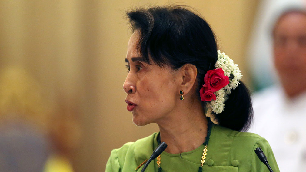 Myanmar's State Counsellor Aung San Suu Kyi talks with journalists during their press conference at the President House in Naypyitaw, Myanmar, Wednesday, Sept 6. (AAP)