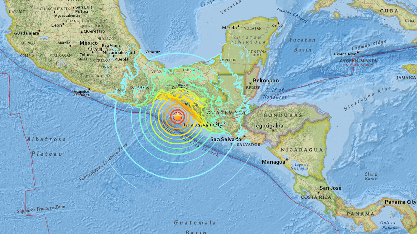 At least 32 die from massive Mexico quake