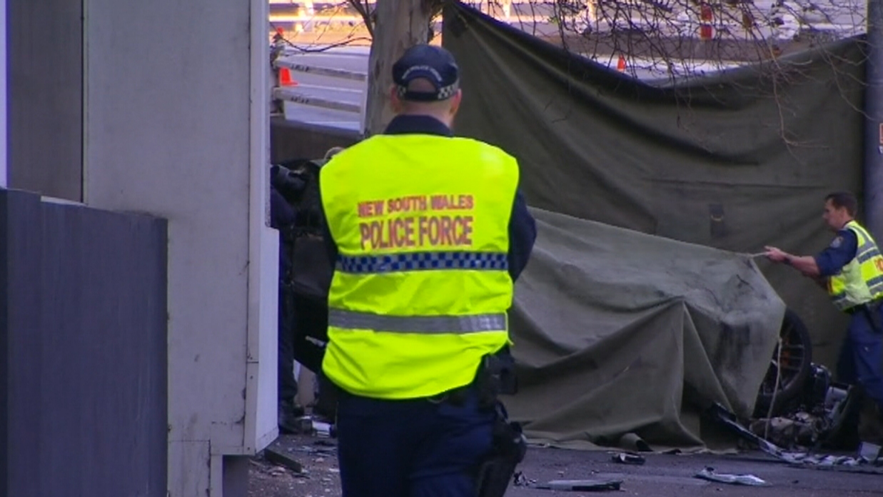 A policeman rescued a 39-year-old from the wreckage. (9NEWS)