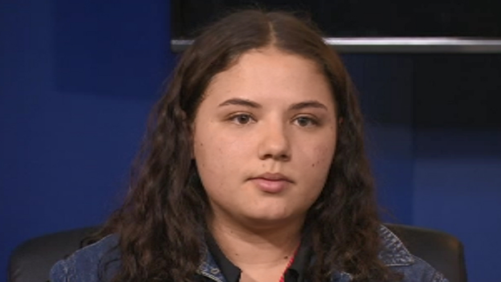 """Kayla's sister told reporters she doesn't know what she would do without her """"best friend"""". (9NEWS)"""