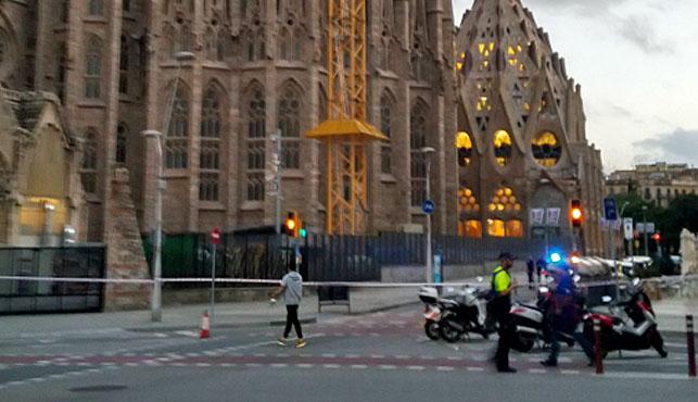 'False alarm' clears Barcelona's basilica