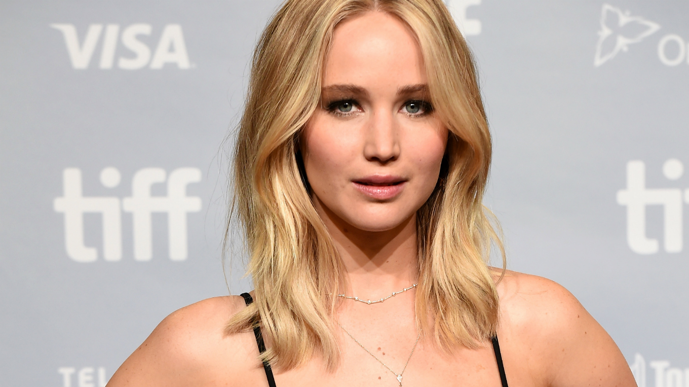 Jennifer Lawrence Discusses Anxiety Caused by Planes