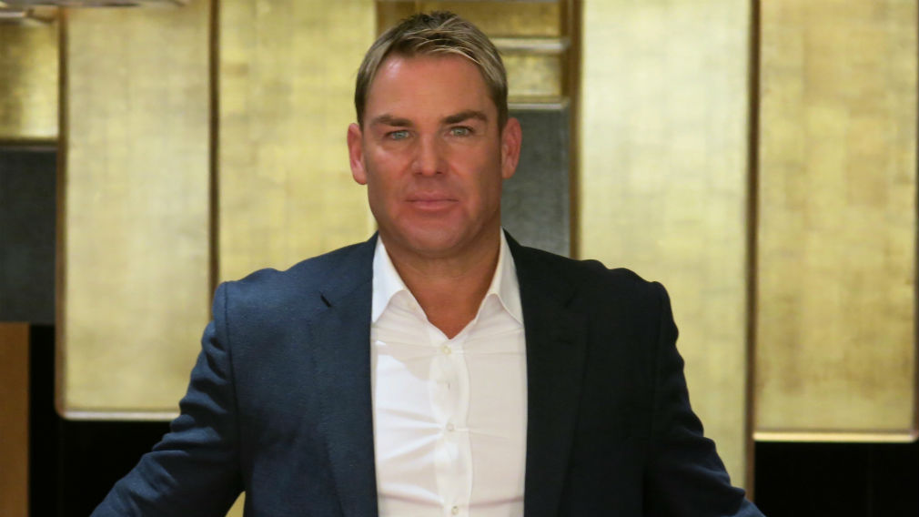 Shane Warne cleared of porn star assault
