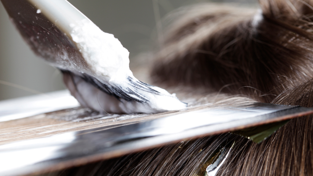 Research suggests link between hair dye and breast cancer