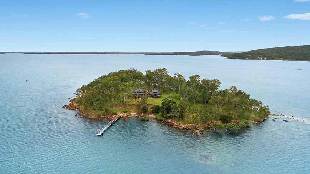<strong>Your own private island for sale</strong>