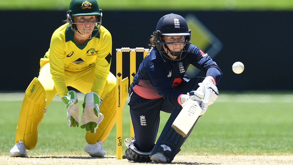Alyssa Healy and Tammy Beaumont.