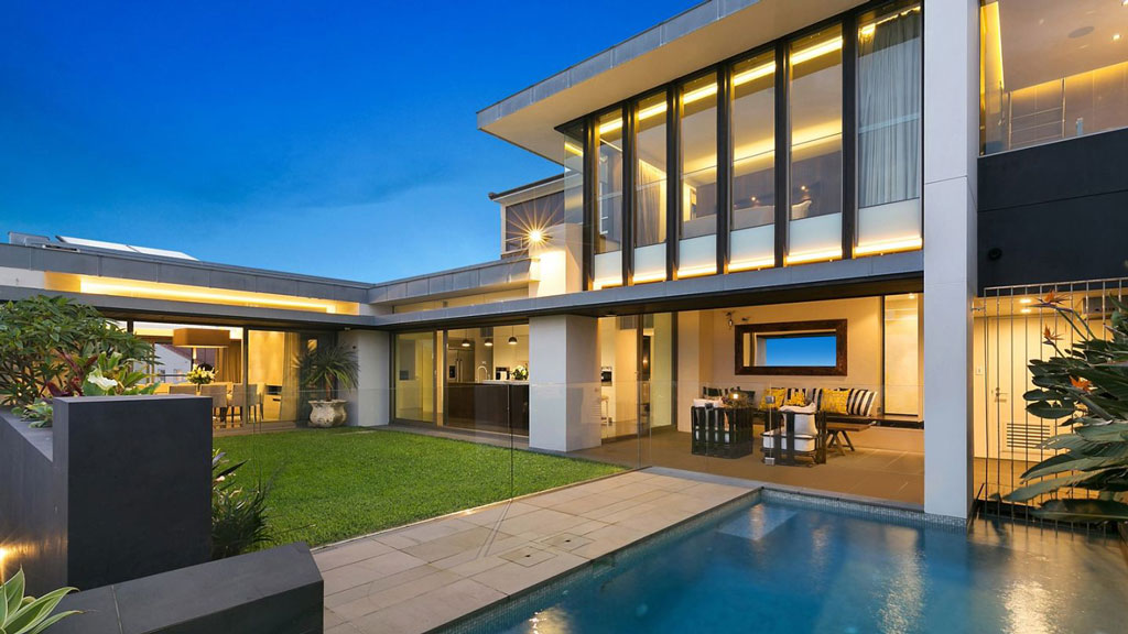 <strong>Shane Watson's Bronte home for sale</strong>