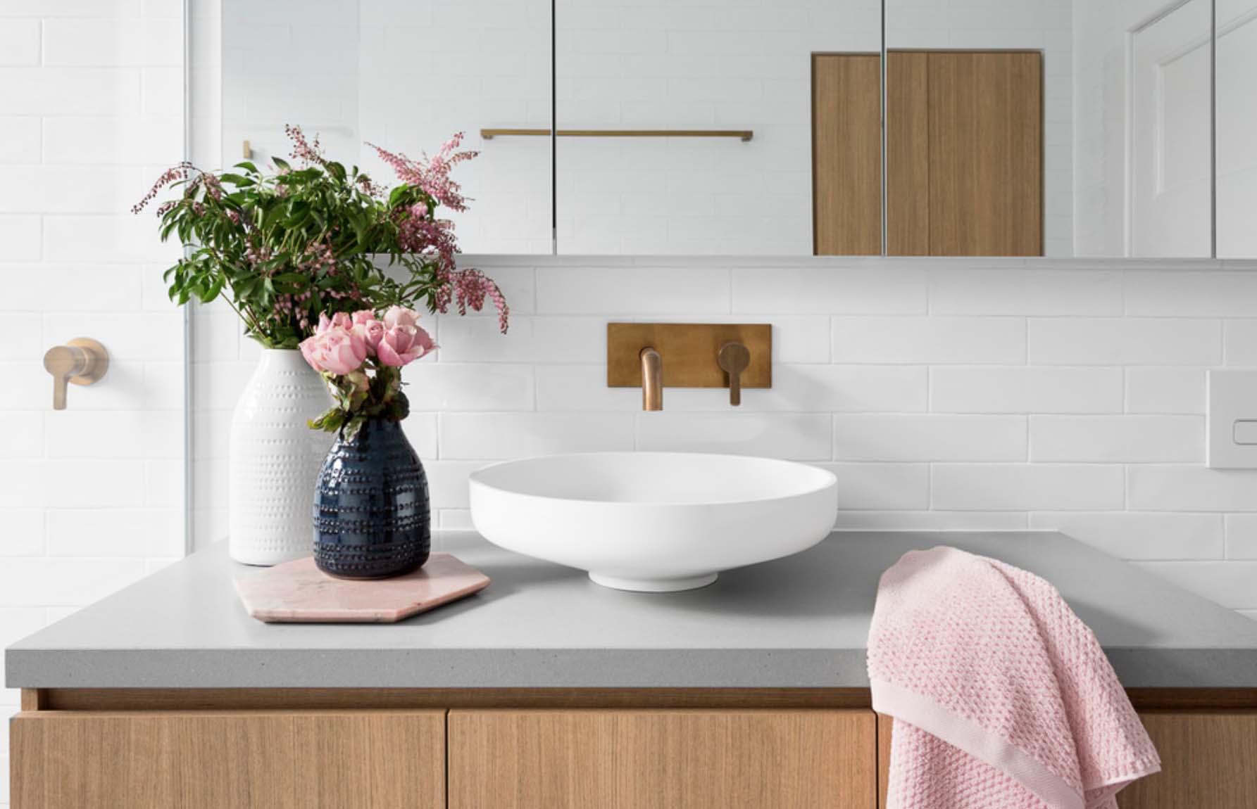 Houzz reveals five design trends going big in 2018 for Bathroom trends 2017 houzz