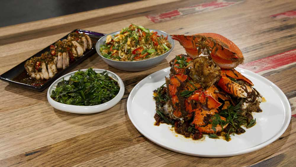 "<strong>Episode fifteen - Kylie Kwong's spanner crab feast<br />                                                     </strong>Recipe:<strong> </strong><a href=""https://kitchen.nine.com.au/2017/11/22/20/21/family-food-fight-kylie-kwongs-spanner-crab-chicken-egg-fried-rice-and-australian-greens"" target=""_top"" draggable=""false"">Kylie Kwong's Family Food Fight feast</a>"