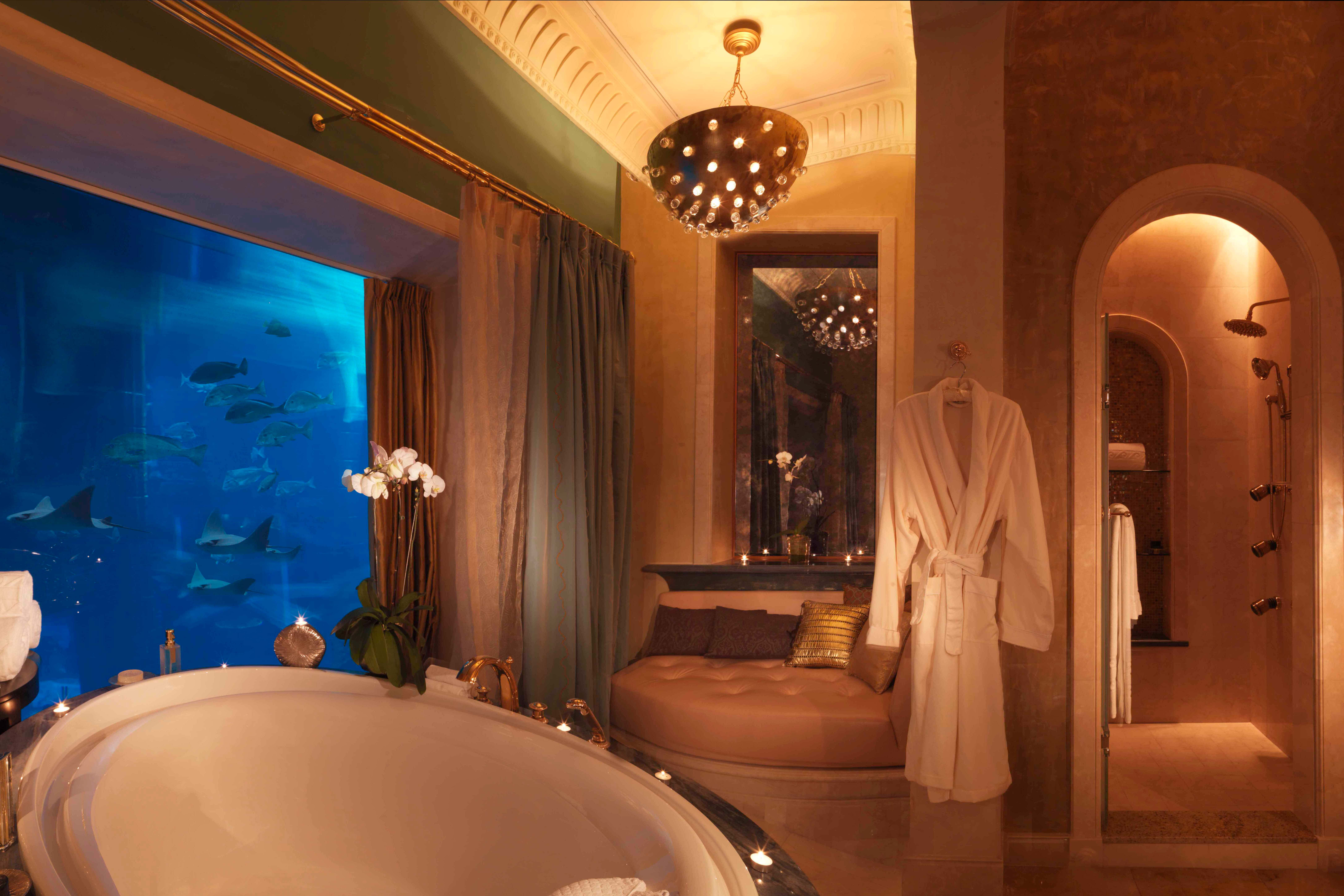 8 of the best hotel bathrooms in the world 9homes for Coolest bathrooms in the world