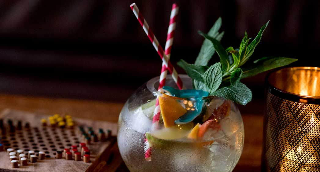 "Recipe: <a href=""https://kitchen.nine.com.au/2017/12/01/09/07/gin-lane-fishbowl-gin-and-tonic-for-two"" target=""_top"">Gin Lane's 'Fishbowl' G&T for two</a>"