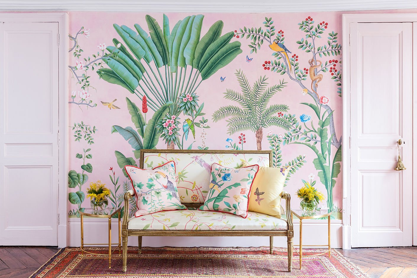 The wallpaper celebrities are obsessed with and how to for Wallpaper for less