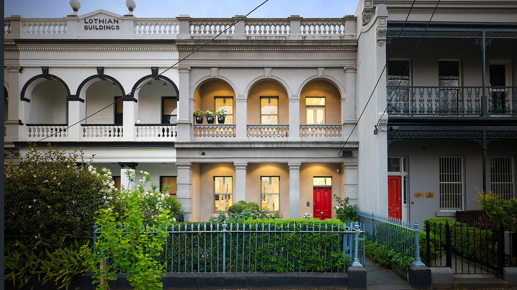 <strong>Record-breaking Carlton home</strong>