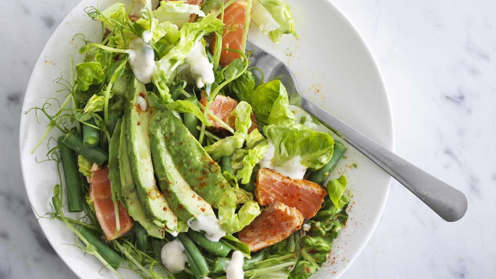 """<a href=""""http://kitchen.nine.com.au/2018/01/16/15/41/salad-with-spicy-salmon-and-avocado"""" target=""""_top"""">Smoked salmon salad</a> recipe"""