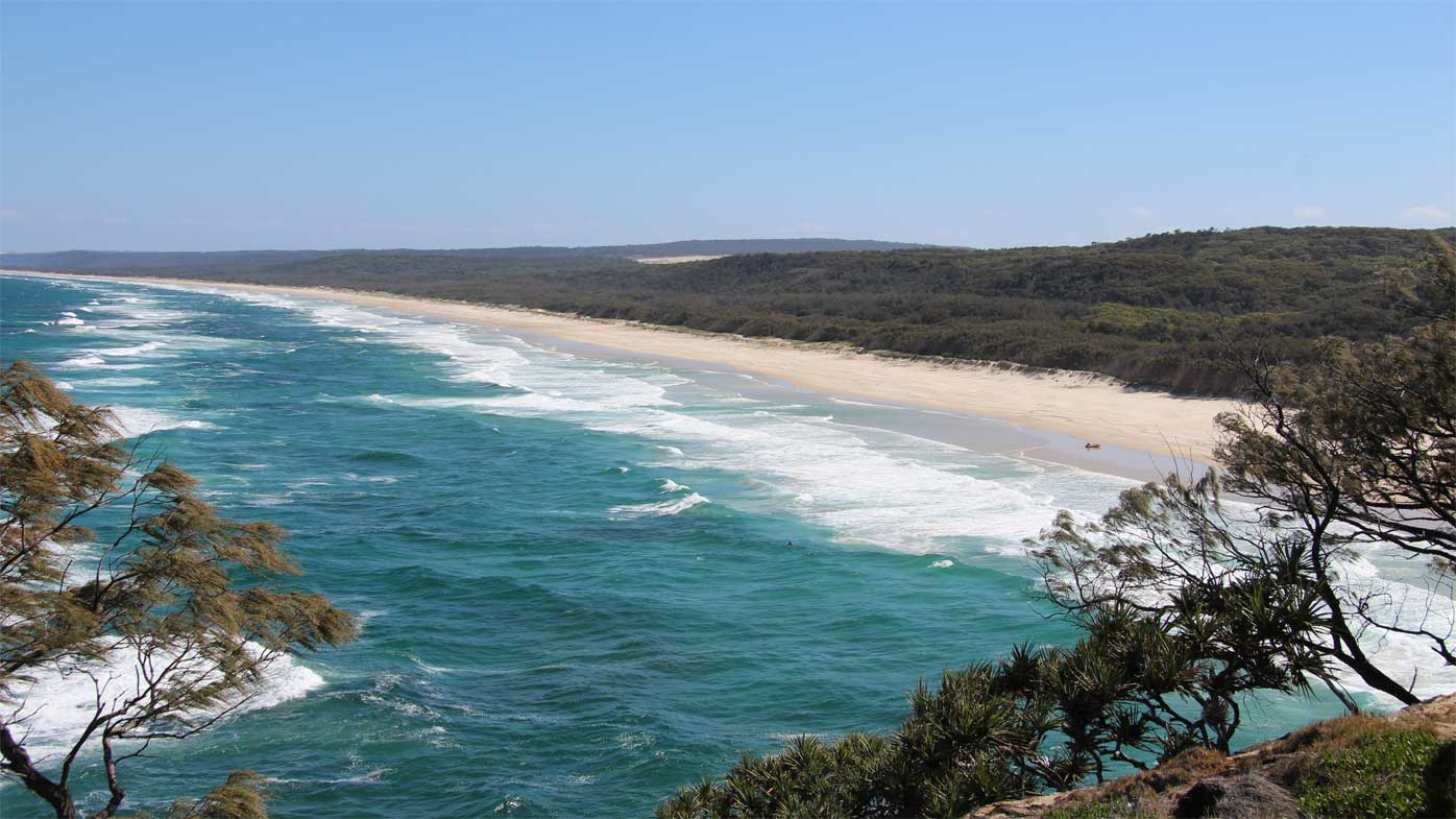 Connecting You To North Stradbroke Island: Brisbane News: Man Found Dead Near North Stradbroke Island