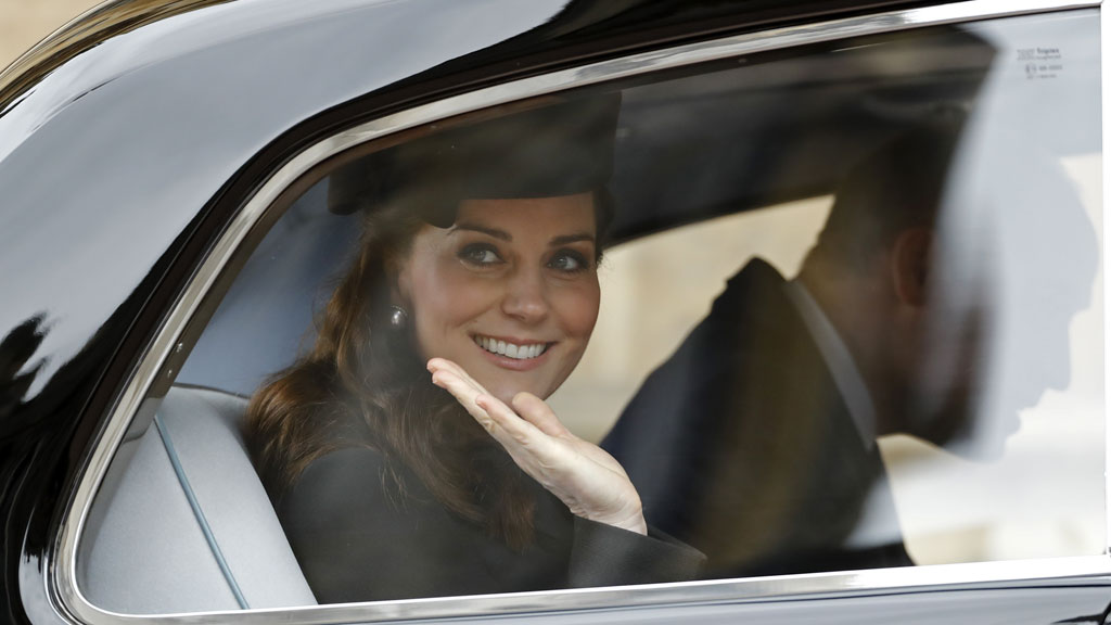 Kate Middleton returns to London to prepare for Royal birth