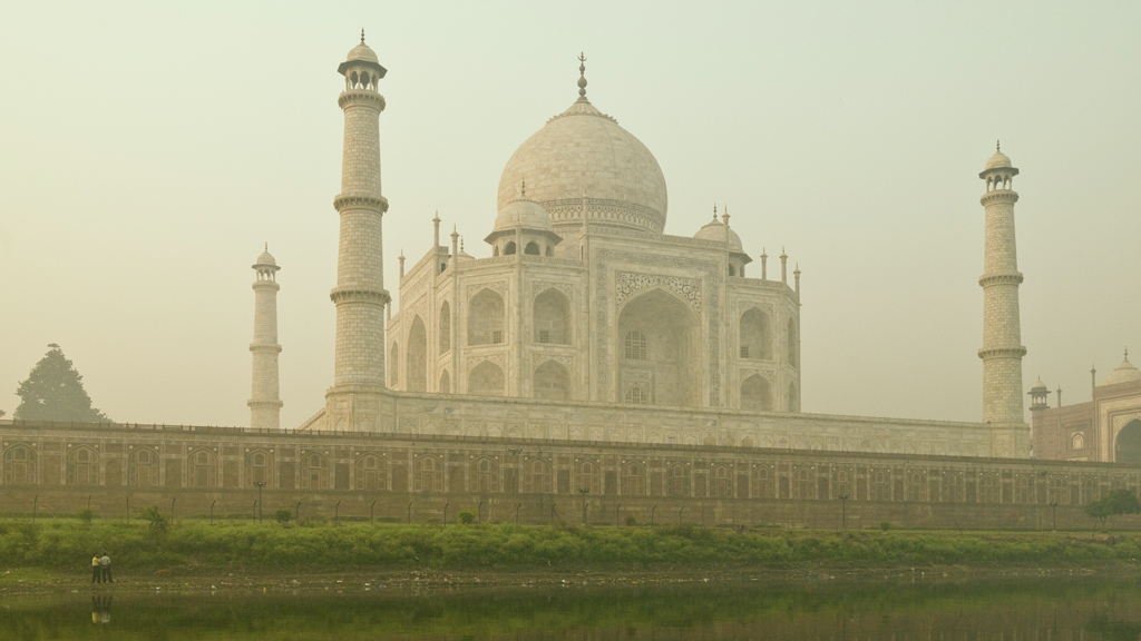 Gross Reason Why The Taj Mahal Is Turning Green 9travel