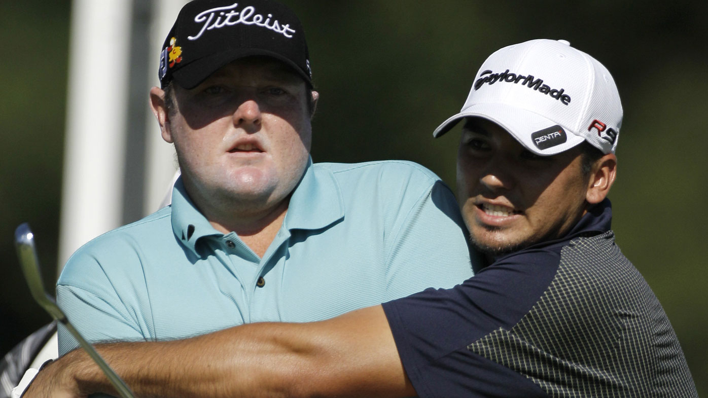 Golfer Lyle thanks fans after cancer news