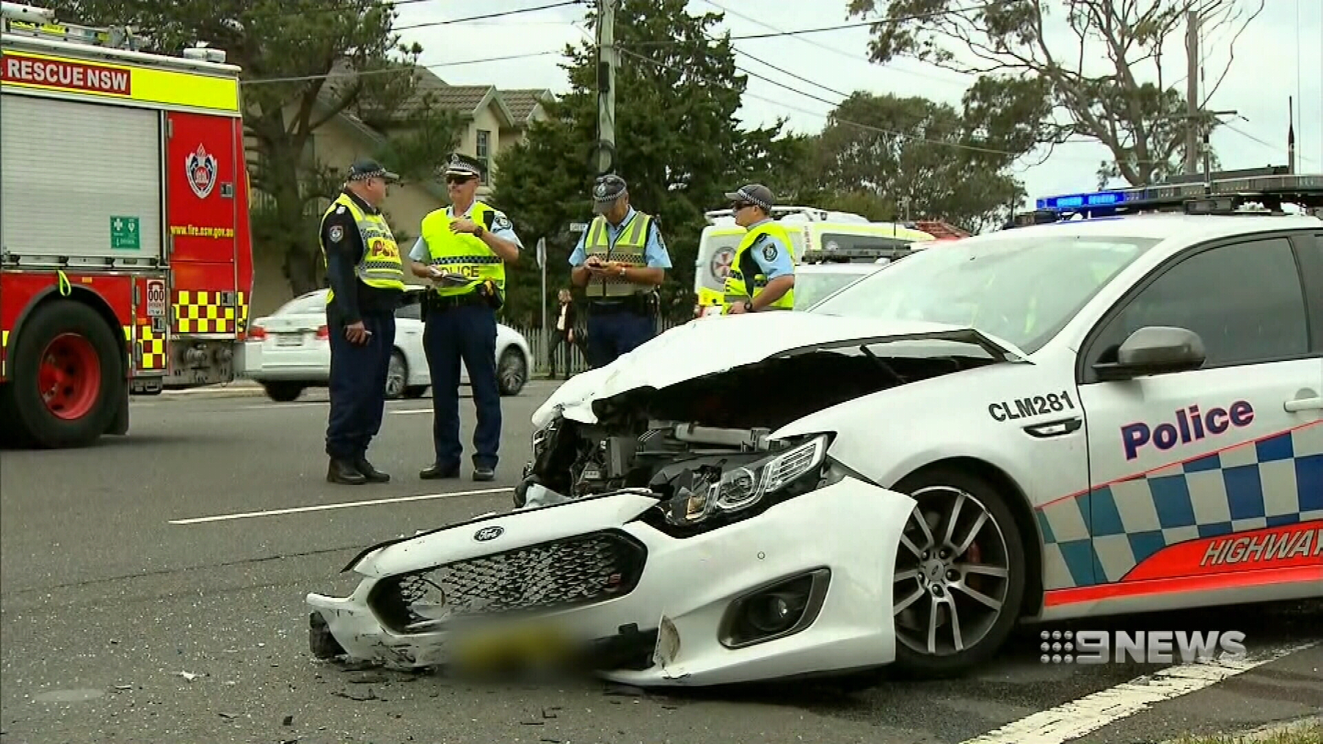 cronulla: woman critical police car crash mercedes