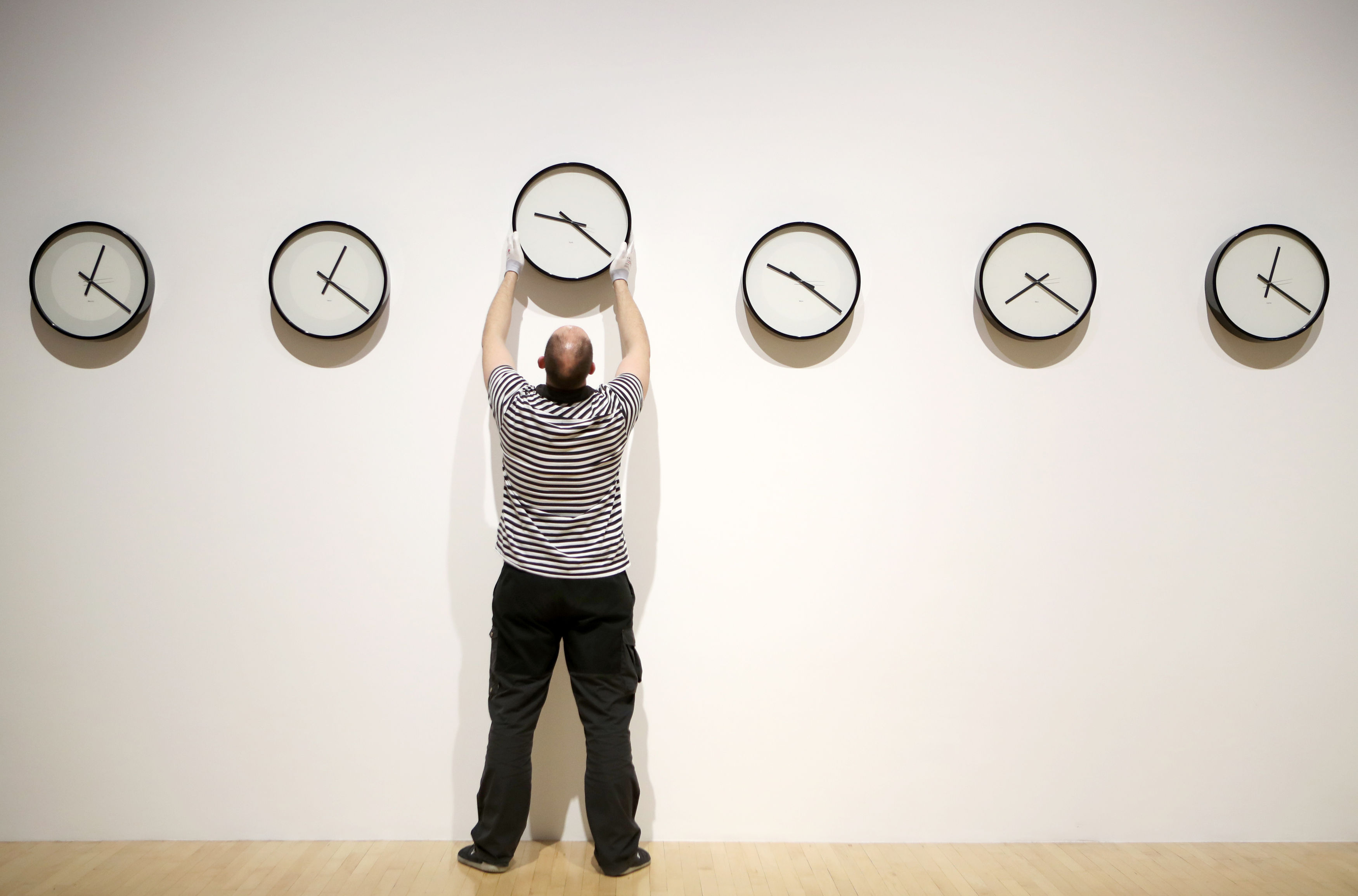 Daylight Savings Time: Which way to change your clocks