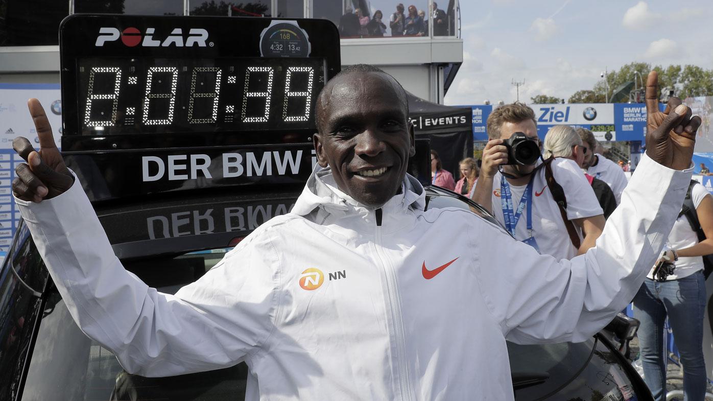 Kenyan Eliud Kipchoge shatters world record winning Berlin ...